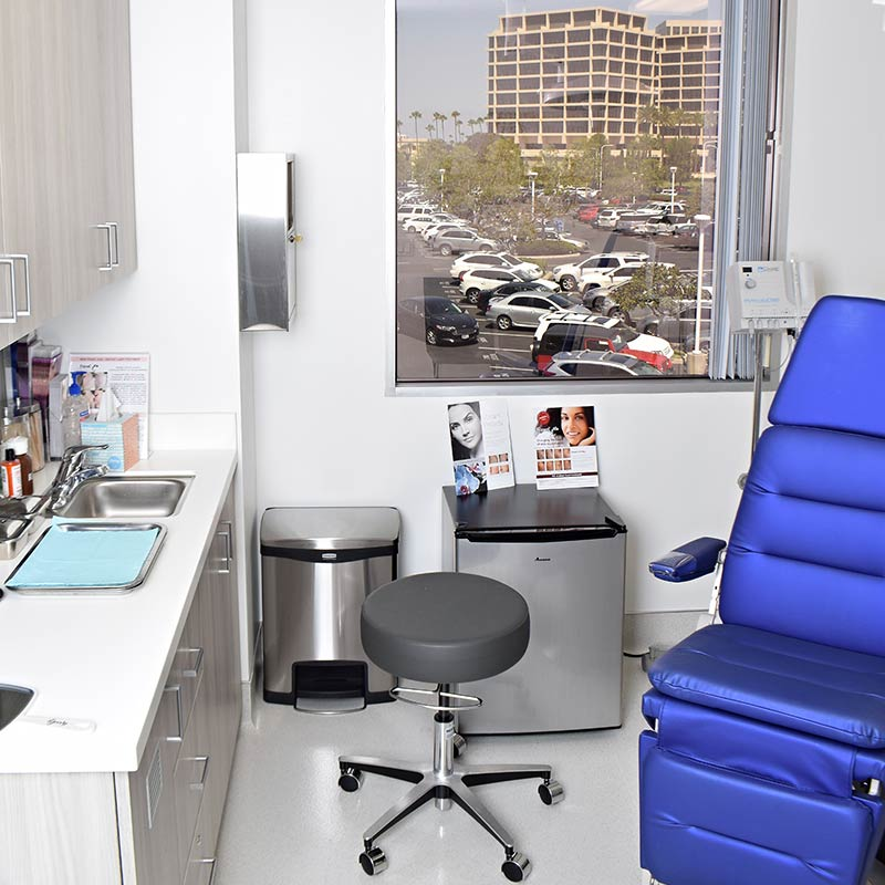 donald mowlds md office